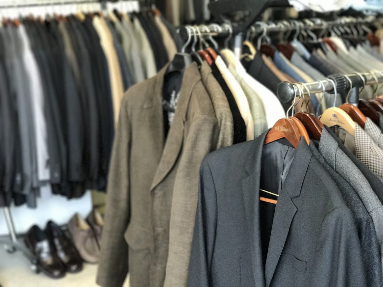 c01cdc0605b Mens Clothes Consignment Shops Near Me
