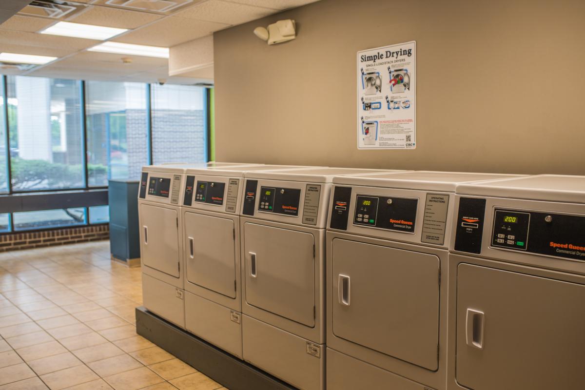 Laundry Latitude 525